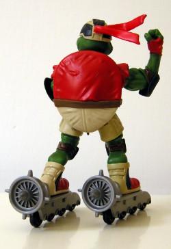 Skatin' Raphael - back view