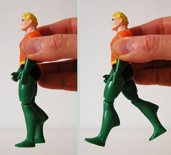 Squeeze Aquaman's arms and his legs perform the Deep Sea Kick