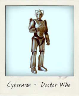 Delete! Delete! Delete! Armed Cyberman from Doctor Who