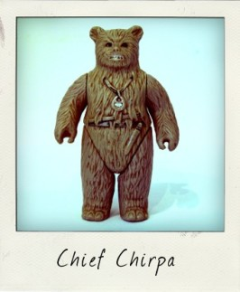 Star Wars action figure variations: My, what small eyes you have, Chief Chirpa!