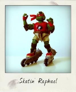 Skatin' Raphael by Playmates Toys